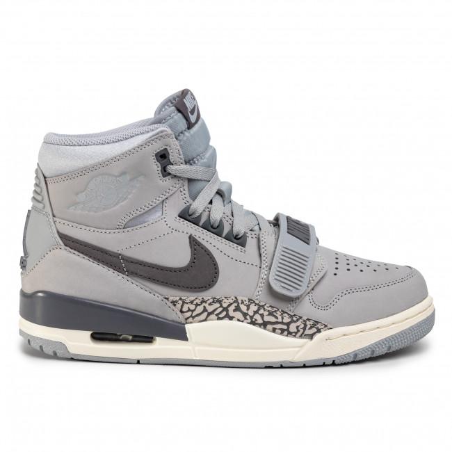 Shoes NIKE - Air Jordan Legacy 312