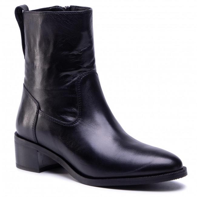 Ankle boots CARINII - B5718 E50-000-000-D99