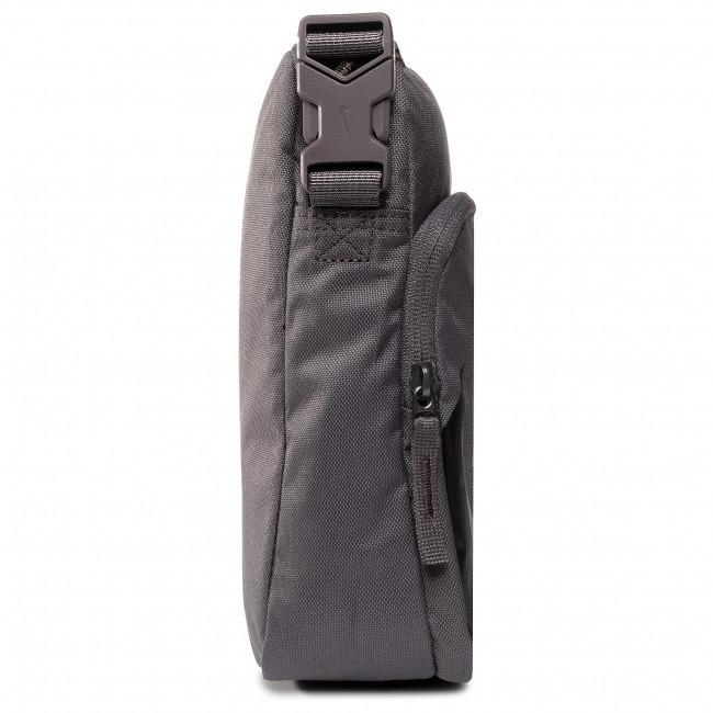Artesano Suposición Fortaleza  Messenger Bag NIKE - BA6344 082 Grey - Men's - Youngsters' bags ...