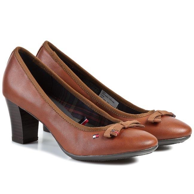 high heels tommy hilfiger claire 3a fw56817753 cognac. Black Bedroom Furniture Sets. Home Design Ideas