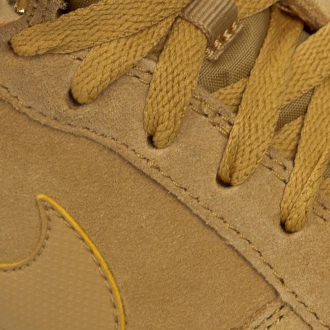 Shoes NIKE Hoodland Suede 654888 727 Haystock Light Brown Metallic Gold