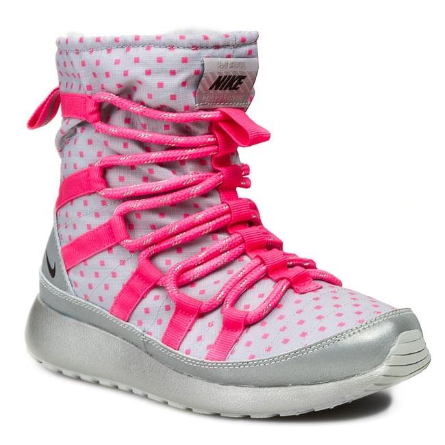 Nike Free Run Women Shoe Turnaround