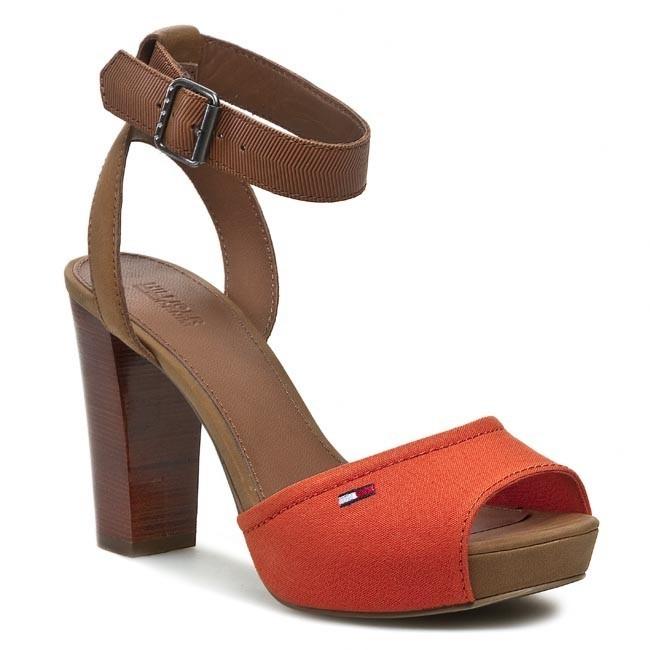 Sandals TOMMY HILFIGER - EN56817080 Summer Cognac/K 929