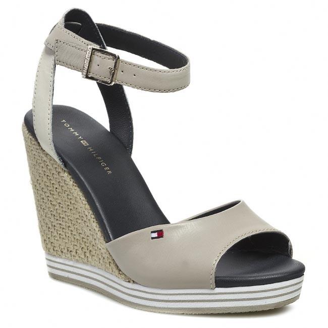 Sandals TOMMY HILFIGER - FW56816814 Peyote 261