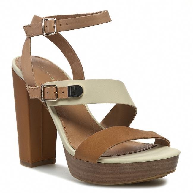 Sandals TOMMY HILFIGER - Farah 7A FW56816778 Ochre/Wheat/Woodash 272