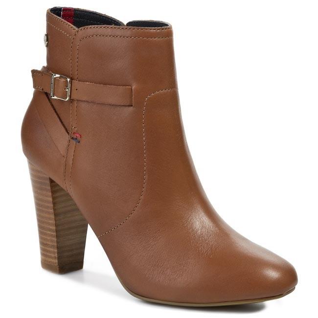 Boots TOMMY HILFIGER - Cristina 3A FW56816752 Summer Cognac 929