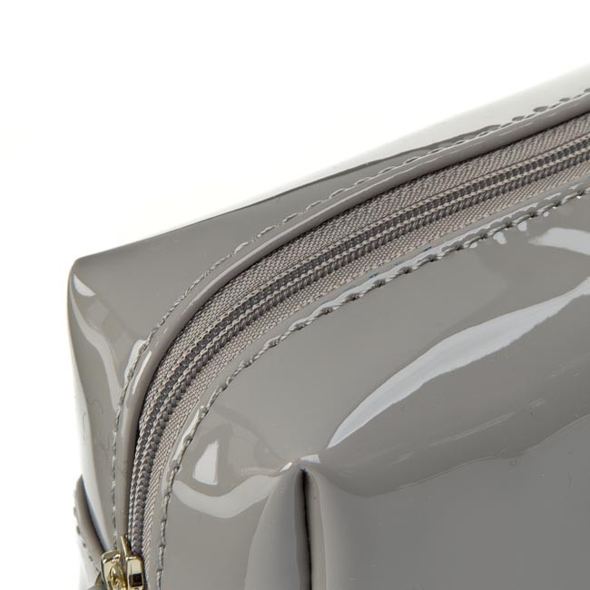 Beauty Case GUESS Amy Shine Accessories PWASHI P5476 GRY
