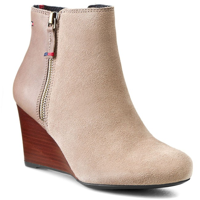 Boots TOMMY HILFIGER - Bella 5C FW56817470  Beige/Pepper 293