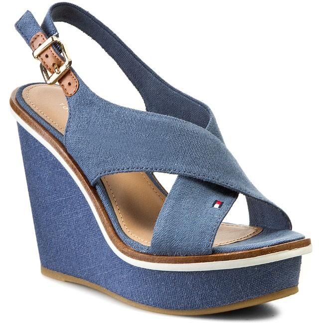 Sandals TOMMY HILFIGER - Ivana 5D FW56818646  Azul 258