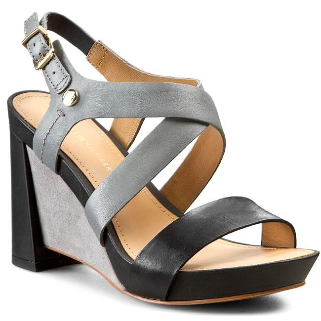 Sandals TOMMY HILFIGER - Phoebe 1A FW56818721 Black/Light Grey 990