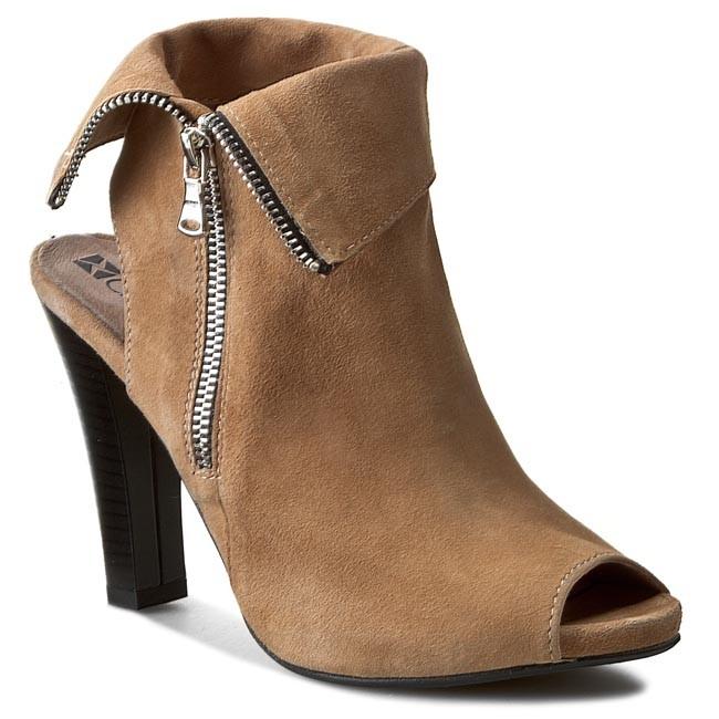 Sandals CARINII - B2699  Cipria 6482