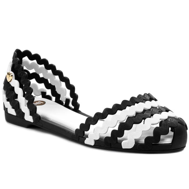 Sandals MEL BY MELISSA - Mel Sweetie Sp Ad 32143  Black/White 51492