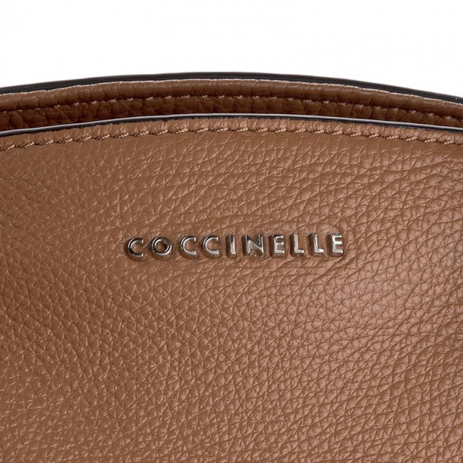 handbag coccinelle yj0 sheela c1 yj0 18 01 01 cuoio 012 classic handbags. Black Bedroom Furniture Sets. Home Design Ideas