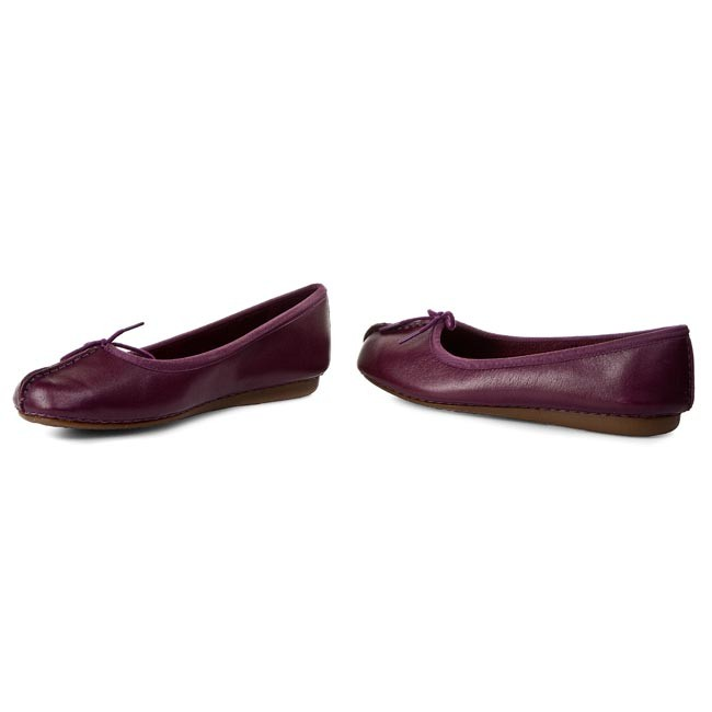 Flats CLARKS Freckle Ice 261117034 Purple Leather