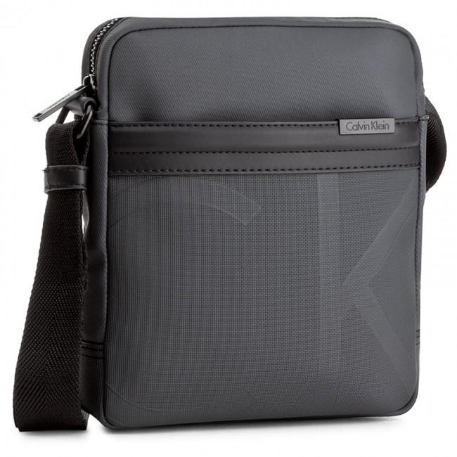 Messenger Bag CALVIN KLEIN - Gregory Reporter K50K502304 009