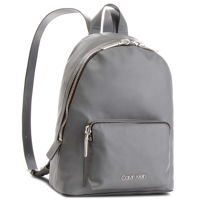 21488fe956 Backpack CALVIN KLEIN - Drive Backpack K60K604462 008