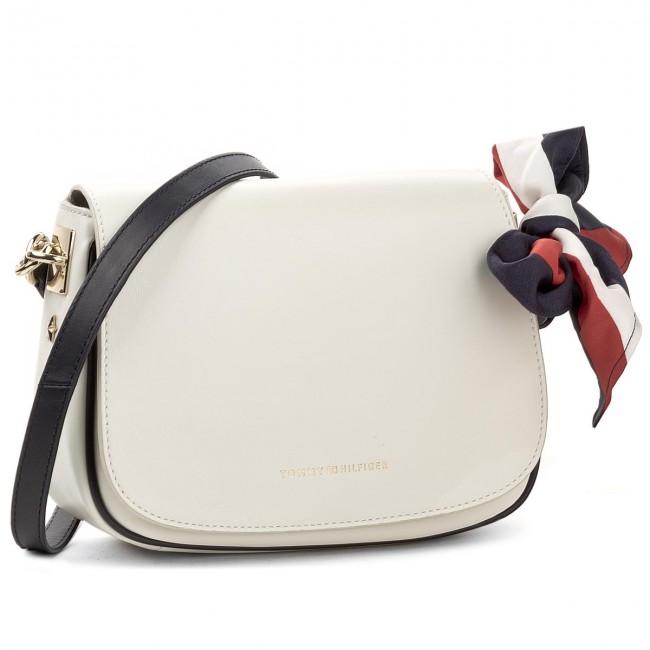 Handbag TOMMY HILFIGER Iconic Foulard Leather Saddle Bag AW0AW04960 104