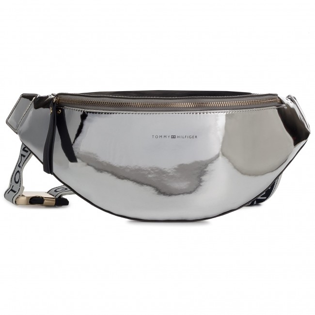 0e2ee0b6 Waist Pack TOMMY HILFIGER - Iconic Tommy Bumbag AW0AW05842 907 - Women's -  Youngsters' bags - Leather goods - Accessories - efootwear.eu