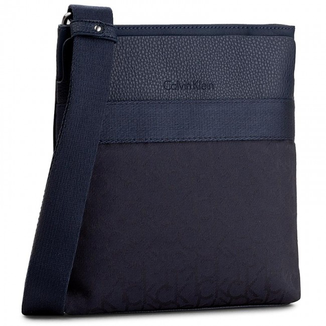 Messenger Bag CALVIN KLEIN - Power Logo Flat Crossover K50K502124 000