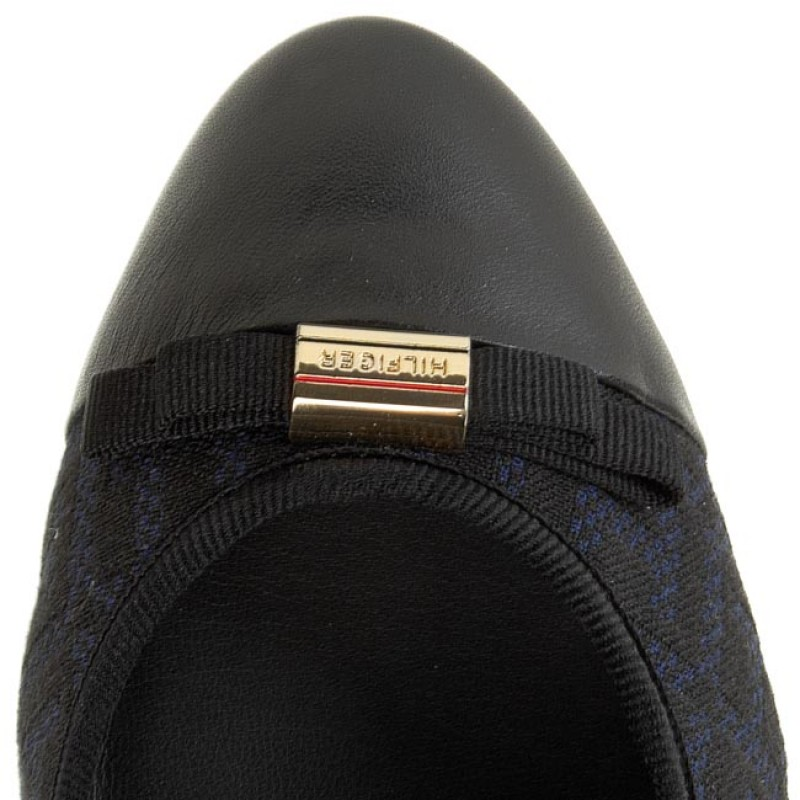 Shoes TOMMY HILFIGER - Avery 15C FW56819627 Black/Midnight 990