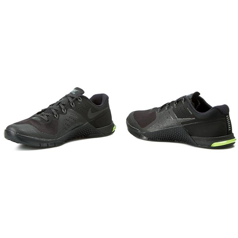 Shoes NIKE - Metcon 2 819899 007 Black/Black Cool/Grey Volt
