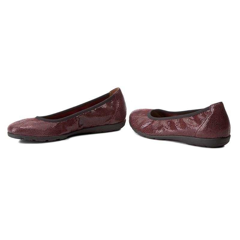 Flats CAPRICE - 9-22150-29 Bordeaux Shiny 553