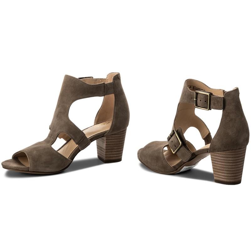 Sandalen CLARKS - Deloria Kay 261318674 Olive Suede Bfa9Ih2