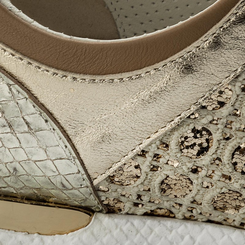 En Venta 2018 Mirando A La Venta En Línea Sneakers Baldinini - 898377xspdp8691cpxxx Sne.d.sil.pla/pia.bei/do.can/pip.pl Comprar Barato Original Comprar Barato Auténtica Aclaramiento De Bajo Coste uyEeLCo46I