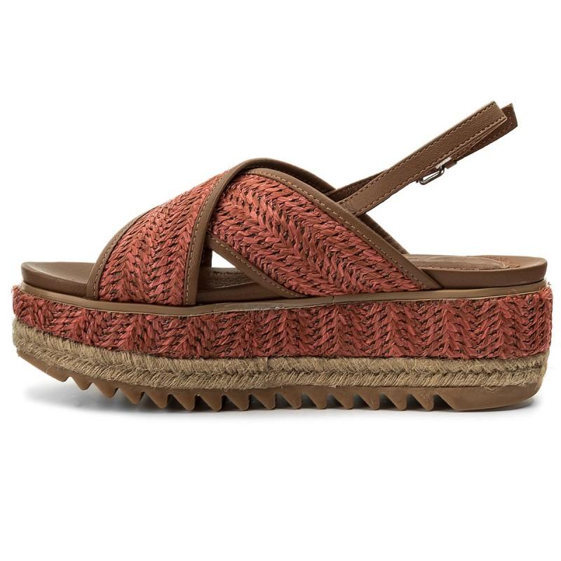 Kickers Bigfly Chaussures Richter noires garçon Gioseppo 44860 Coral Size 39  Chaussures Marche Bébé Fille Chaussures Papillio beiges femme 5wUnM