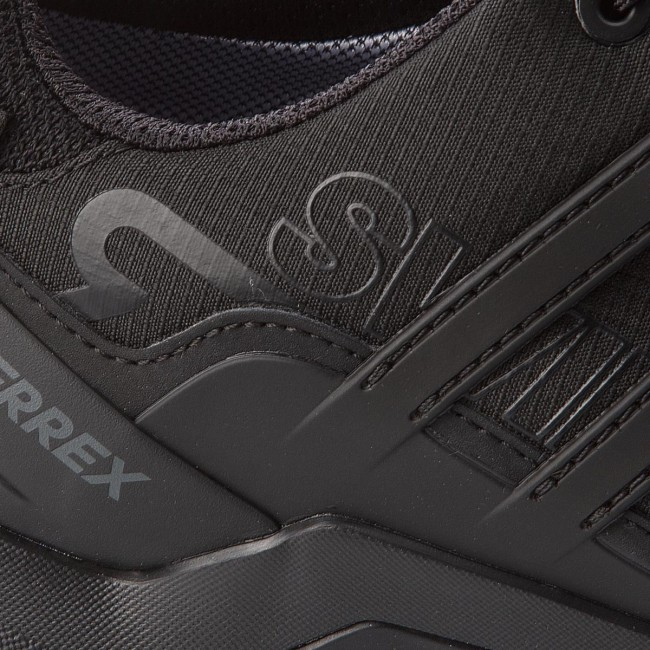 new styles 1e27a 98e05 ... Shoes adidas - Terrex Swift R2 Gtx Gtx Gtx GORE-TEX CM7492  Cblack Cblack ...