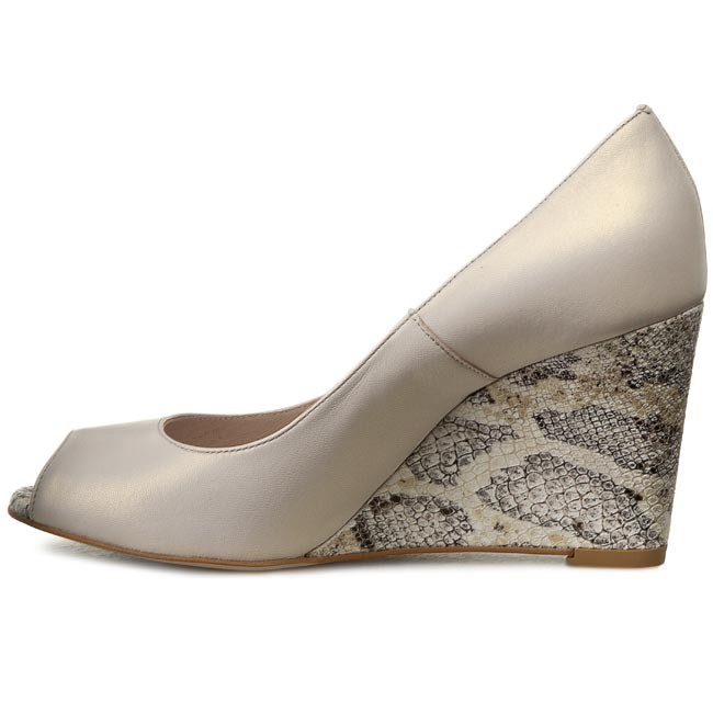 Shoes GINO ROSSI - Olivia DCF695-Q62-JD00-1200-0 Bezowy 01 - - - Wedge-heeled shoes - Low shoes - Women's shoes b62509